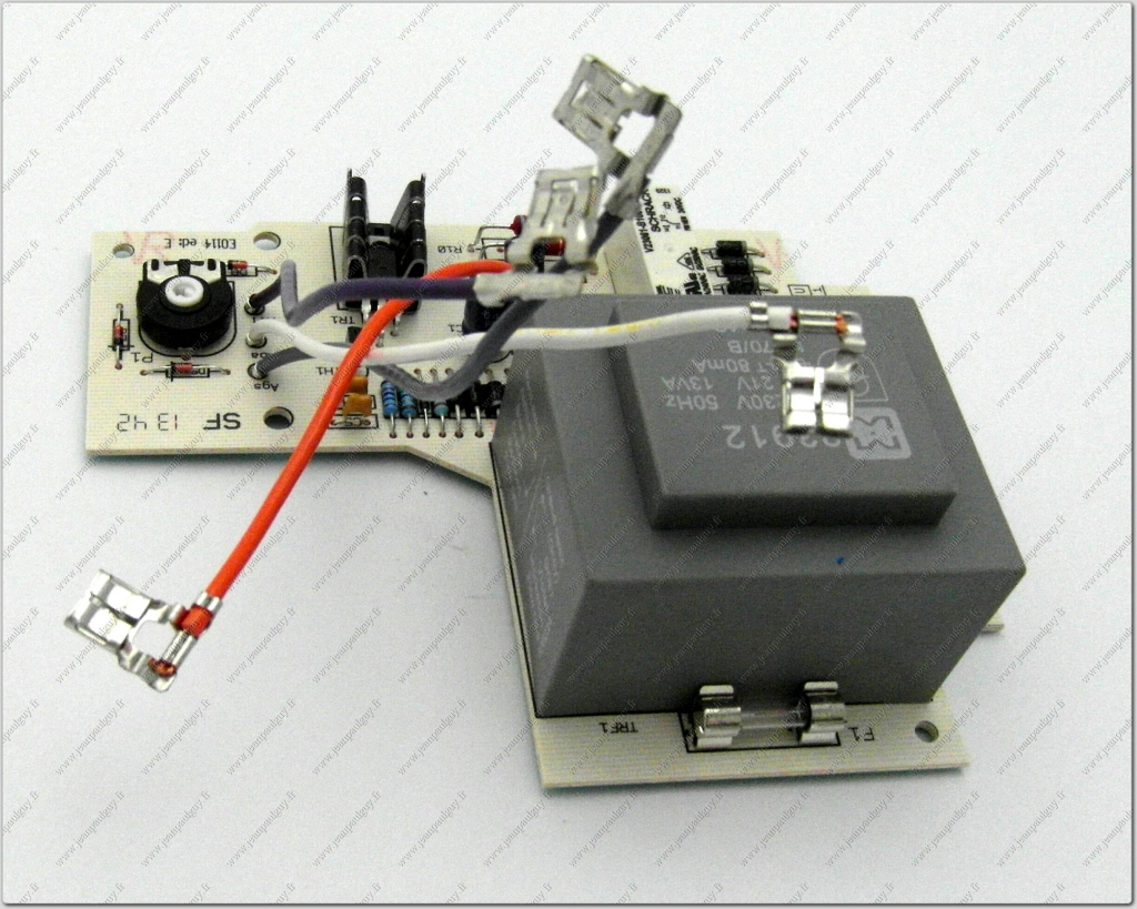 sd 05267100 circuit imprime chaudiere f c commande. Black Bedroom Furniture Sets. Home Design Ideas