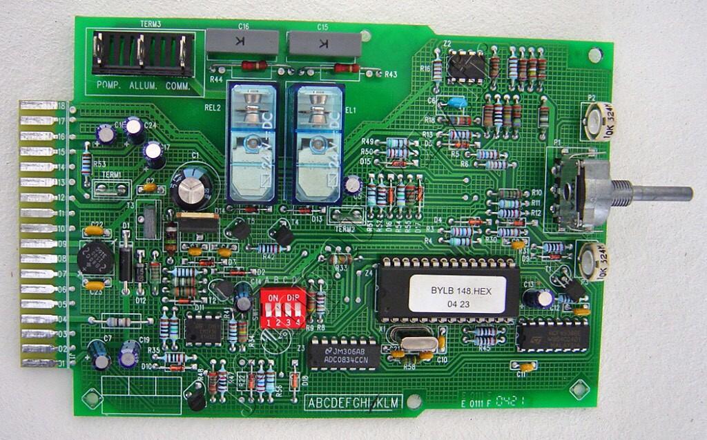 Circuit imprime pour chaudiere saunier duval - Nettoyer circuit imprime ...